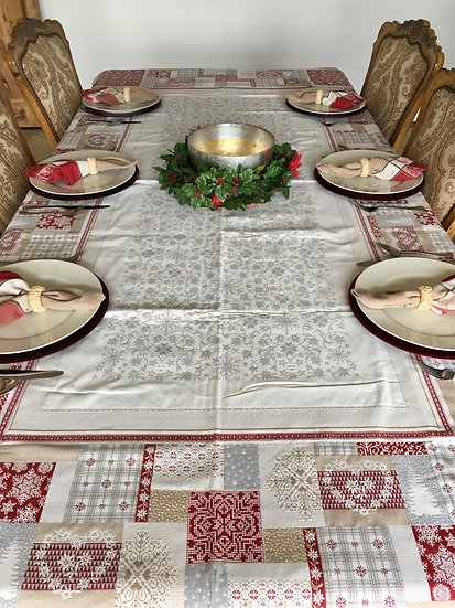 Merry Embroidered Holiday Tablecloths