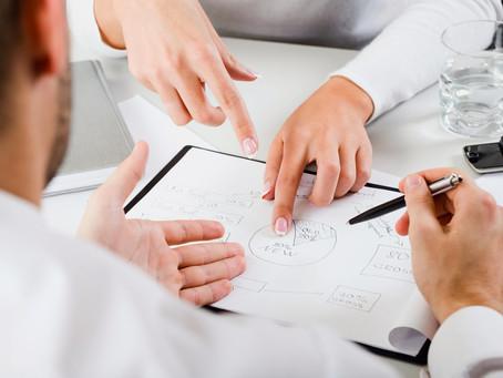 Gerir projetos comerciais com inovação e desenvolvimento da gestão de receita