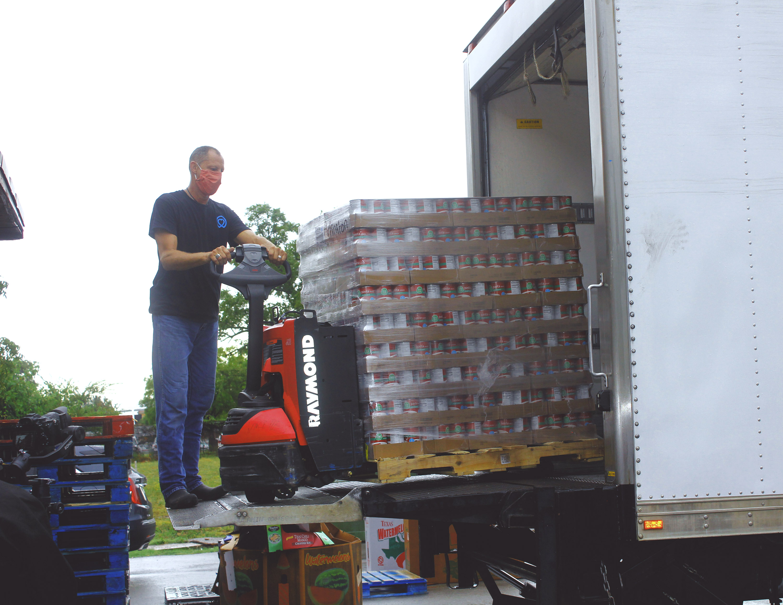 Duane unloading