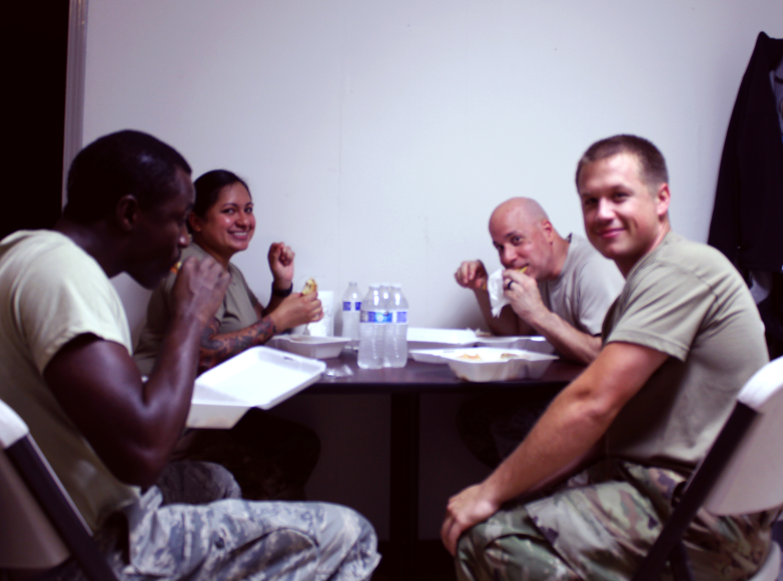 national guard eating 2