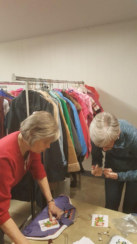 2018.12.10 volunteers coats