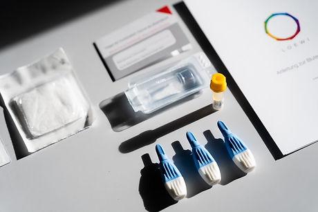 LOEWI Bluttest_Materialien.jpg