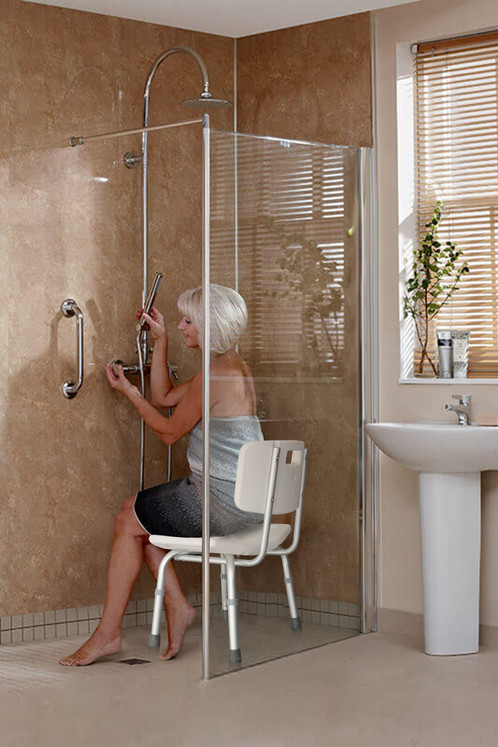 Perfect For Those Who Are Temporarily Or Permanently Disabled, The  BodyHealt Chair Is Designed To Prevent Slips And Falls In The Bath Or Shower .