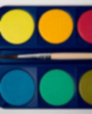水の色塗料