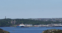 800px-Panorama_of_Stornoway with war memorial