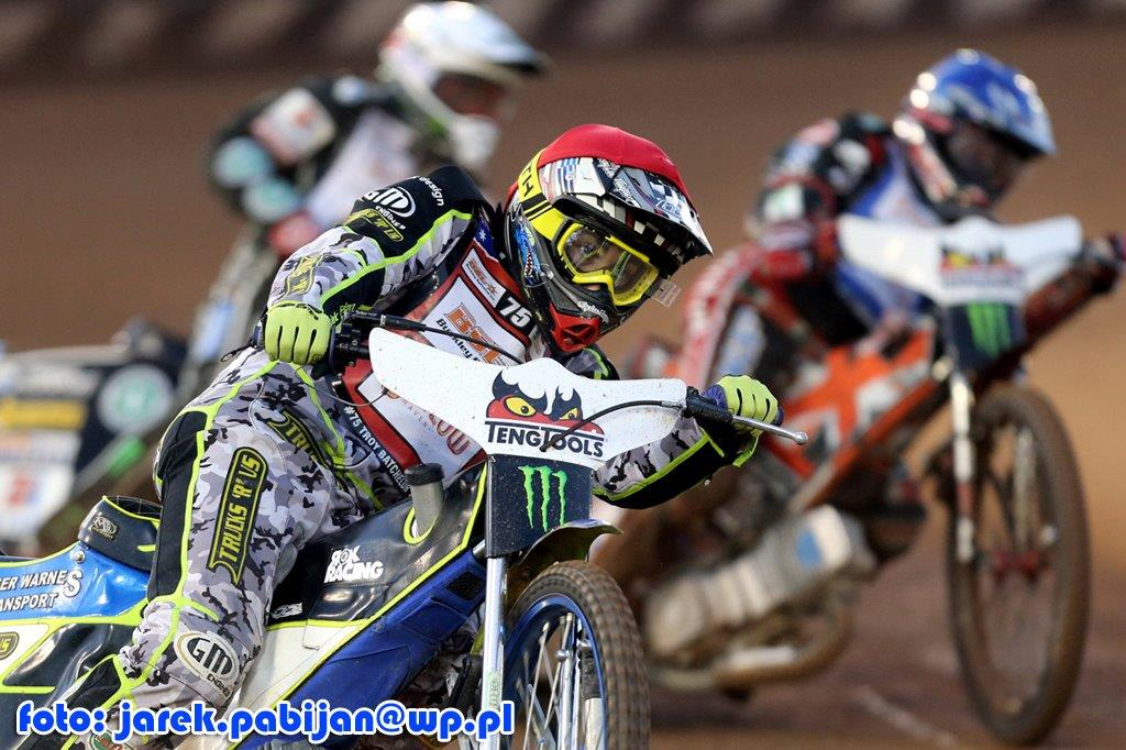 batchelor-harris-woffinden8723.jpg
