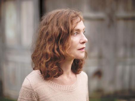 L'AVENIR wins Best Director at Berlinale 2016