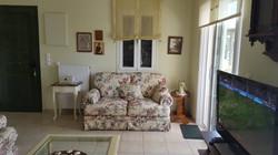 Villa Katirinia living room
