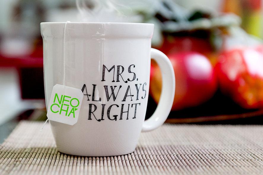 fotografia da tag utilizada para identificar os sachês de chá, design gráfico e fotografia publicitária