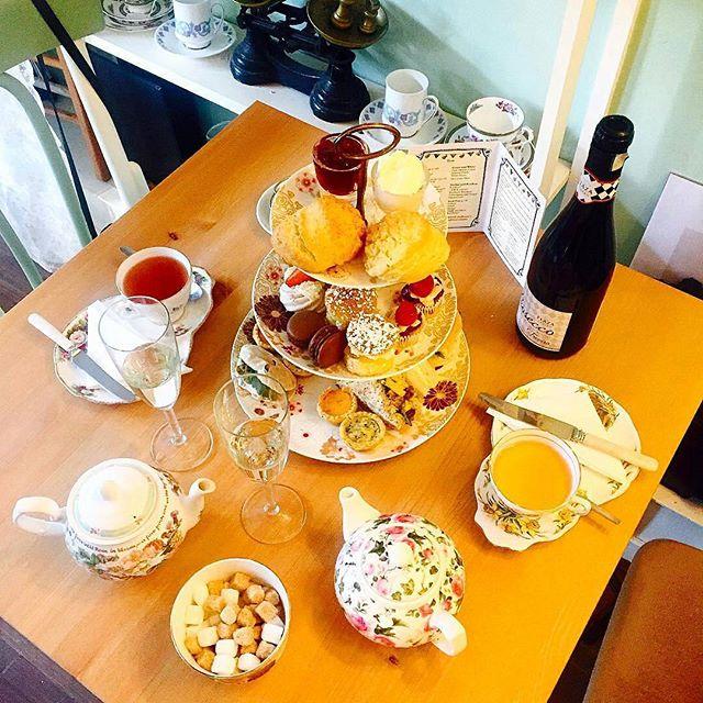 _auroshka 👯❤️🦄#teatime #pastry  #hiddenlanetearoom #hiddenlane #glasgow #scotland