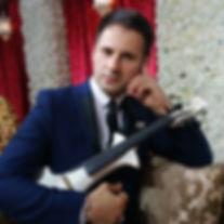 bollywood-music-darius-electric-violinis