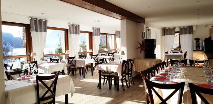 Restaurant Val d Abondance.jpg