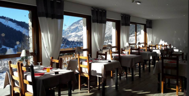 Restaurant with panomic view on the Abondance Valley