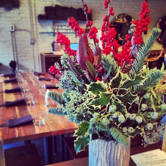 Wintery florals + host stand = HotChocolate got holiday love today #bottleandbranch #hotchocolatechi