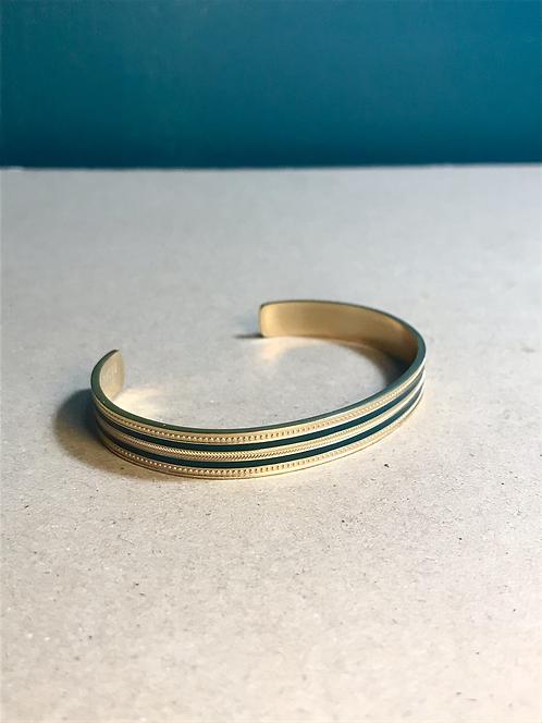 Bracelet green lines