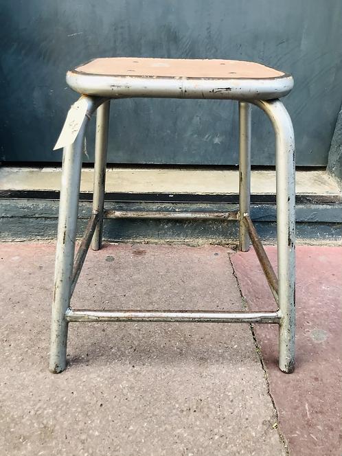 Tabouret - H : 44 cm