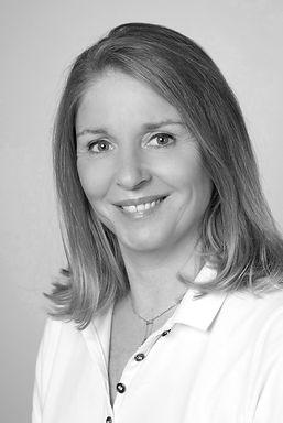 Frauenärztin Dr. Etelka Neumann