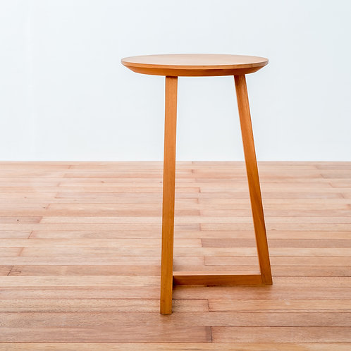 Straight T Side Table