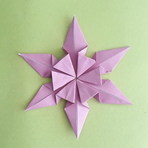 כוכב אוריגמי.jpeg