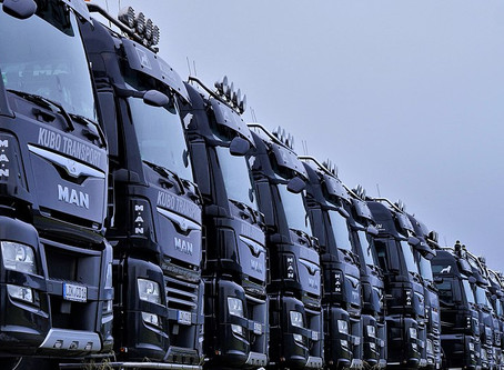 How Trucks Benefit from GPS Tracking