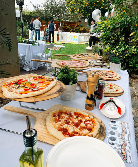 Pizza bar catering