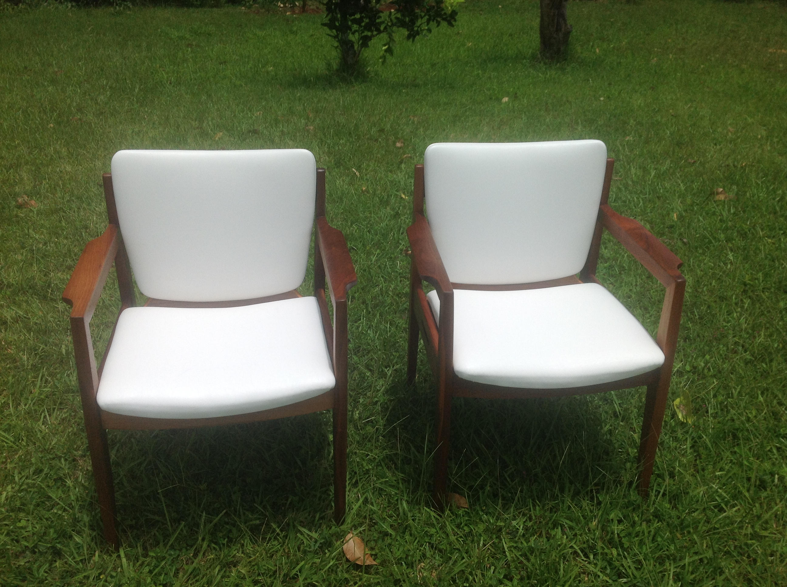 SOLD Gunlocke Chairs