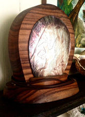 TAHITIAN CARVED SHELL LAMP