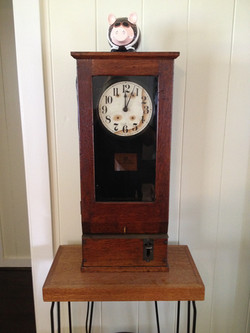 1900 Electric Time Clock
