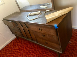 SOLD Mid Mod 1968 Broyhill 9 Drawer