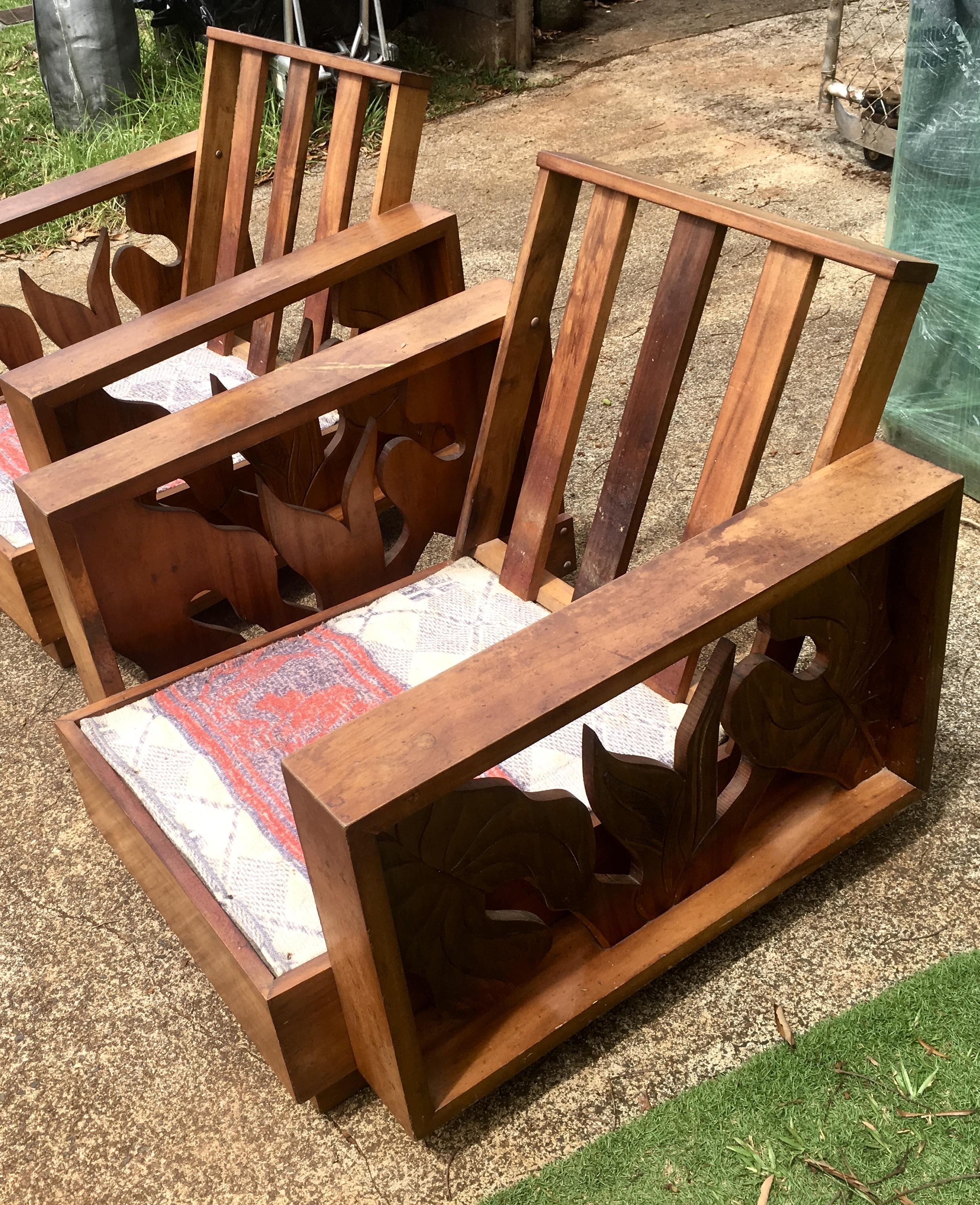 1940sKoa Side Craving chairs