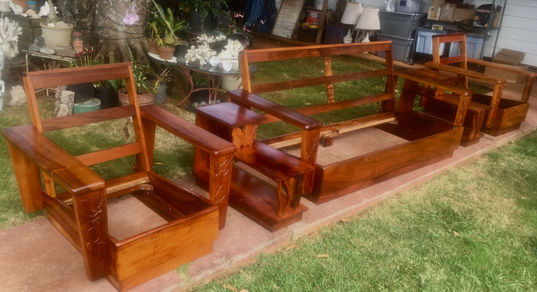 The 5 pcs 1930's Hawaiian Koa Platform set completed