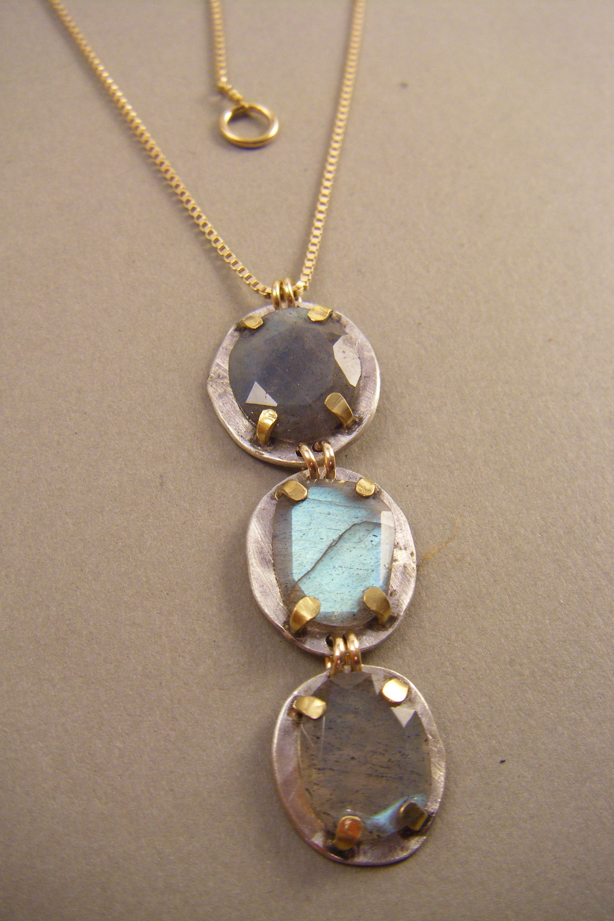 Labradorite 22kt Prong Necklace