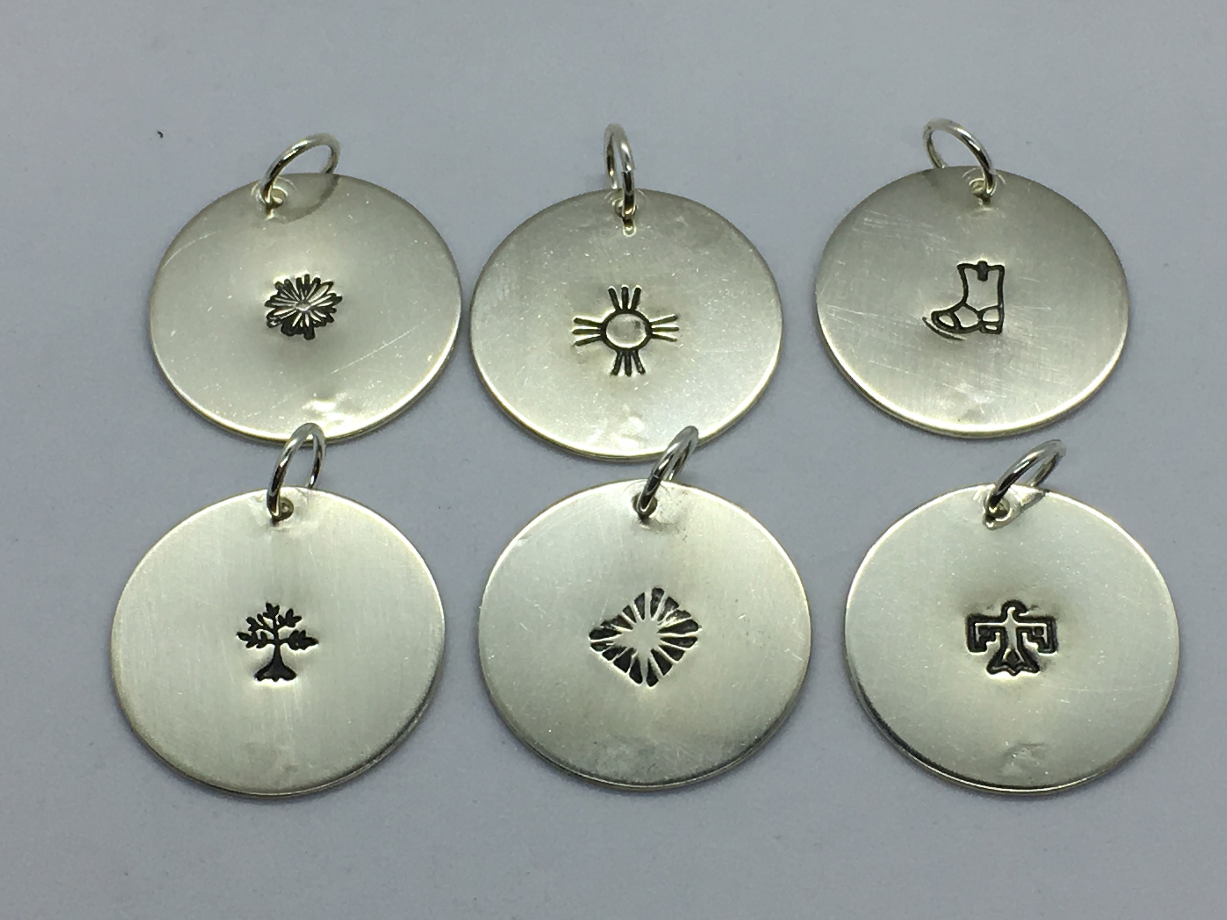 "1"" silver disc pendants"
