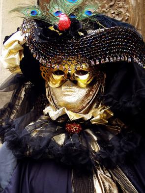 Velencei karneváli álarcok