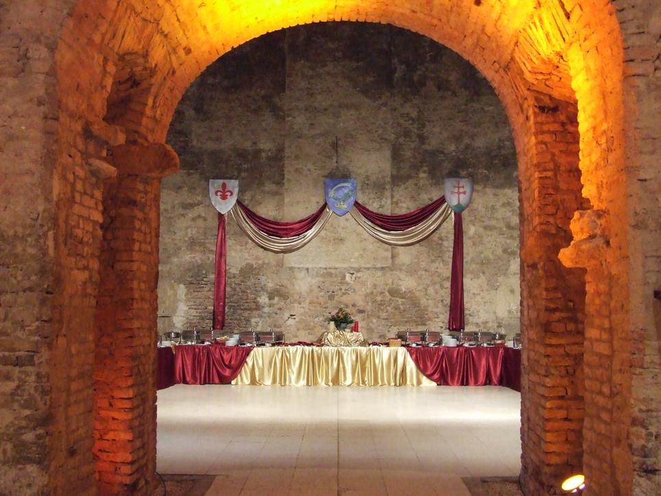 Középkori királyi lakoma