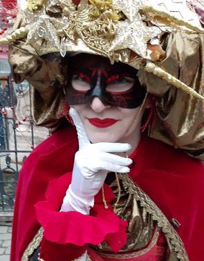 Velencei karneváli szereplő