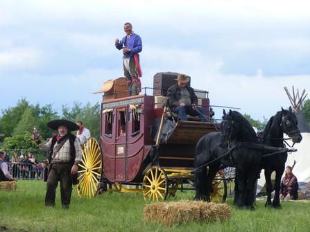 Western postakocsi rablás