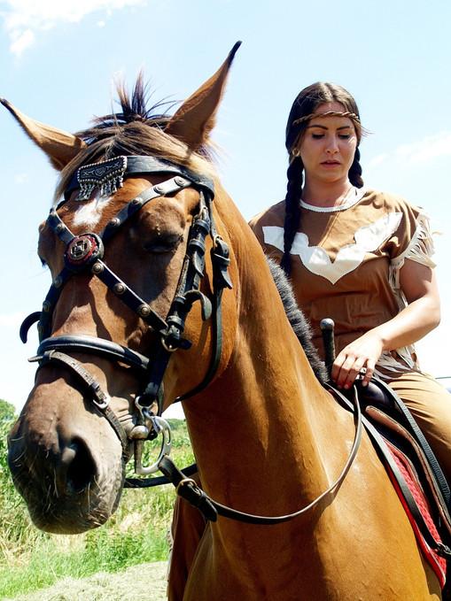 Indián lovas szereplő