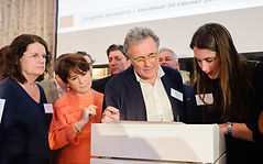 Signature charte éthique pour un marché du droit en ligne et ses acteurs