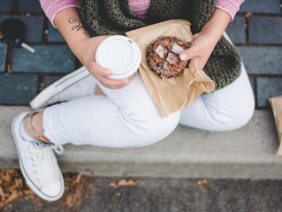 6 Tips for Mindful Snacking