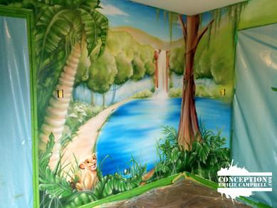 murale lion jungle logo.jpg
