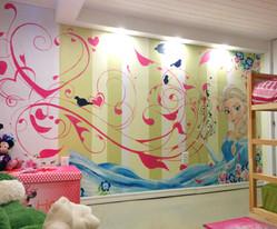 murale elsa swirl.jpg