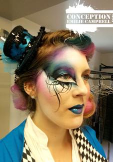 makeup cirque bleu et rose.jpg