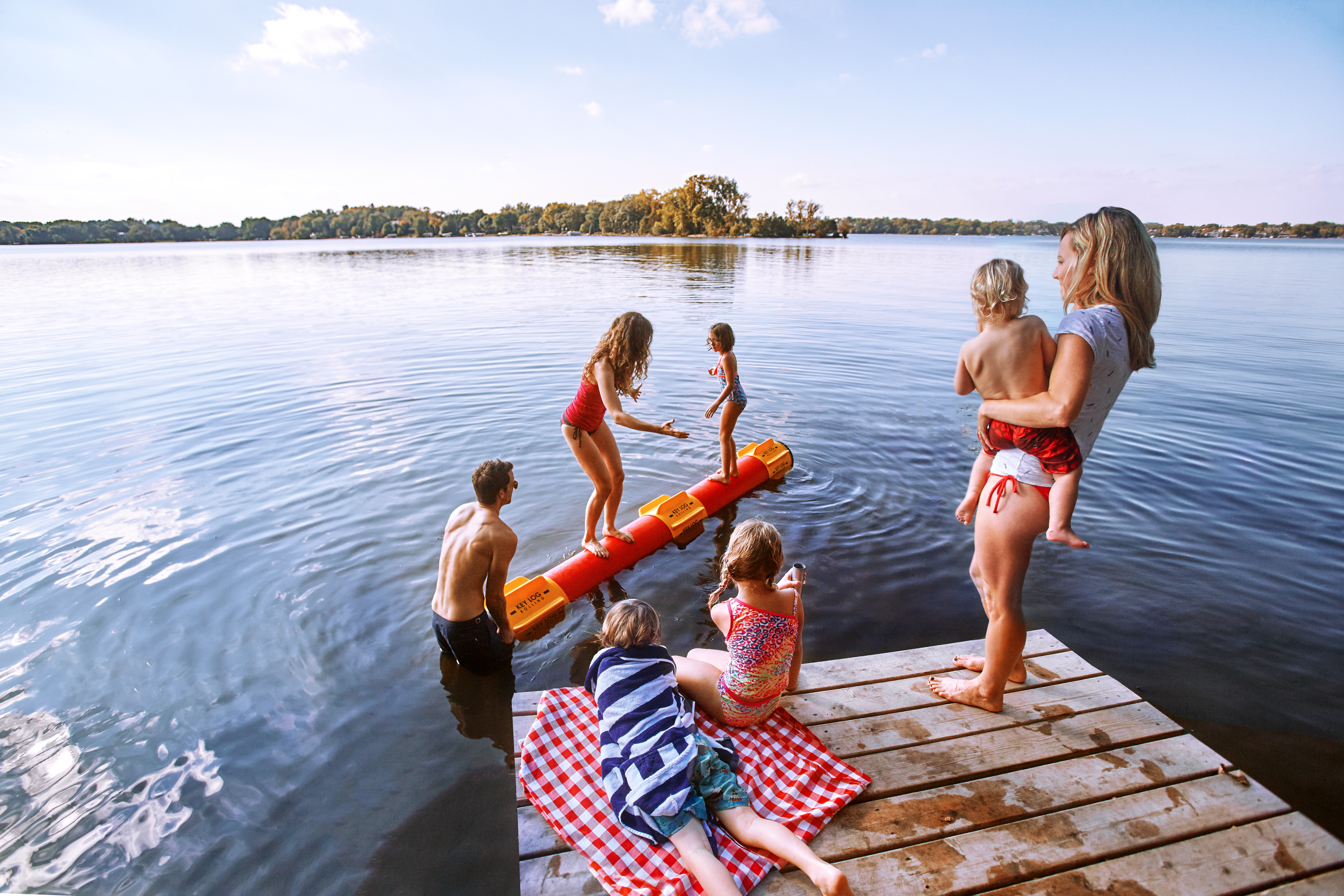 key-log-rolling-at-the-lake_21658171740_o