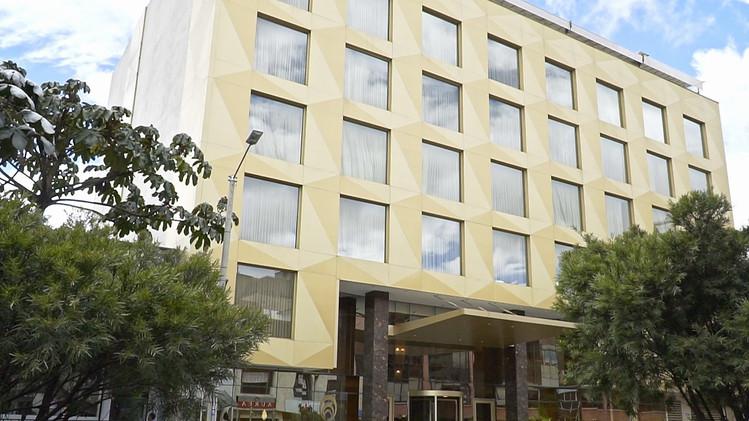 100624.12427.colombia.hotel-el-dorado-bo