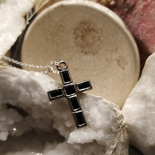Pendentif croix Onyx