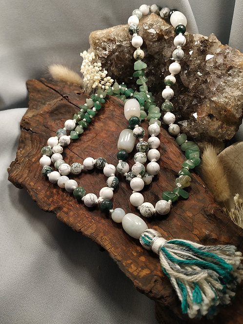 Mala jade lotus
