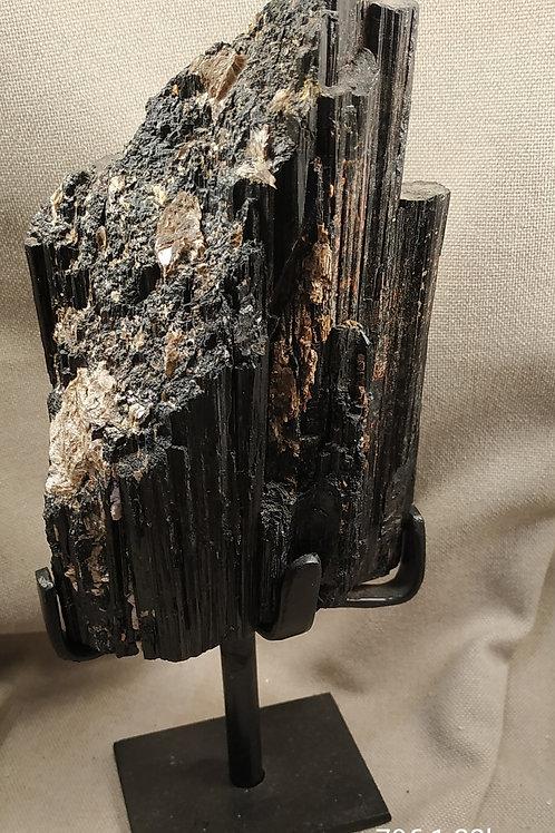 Tourmaline pyrite
