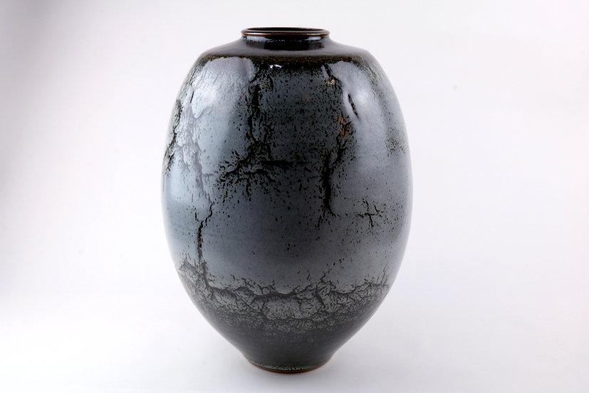 Vase | By Peter Sparrey