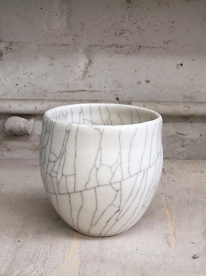 Crackle Pot | Cecilia Trollby